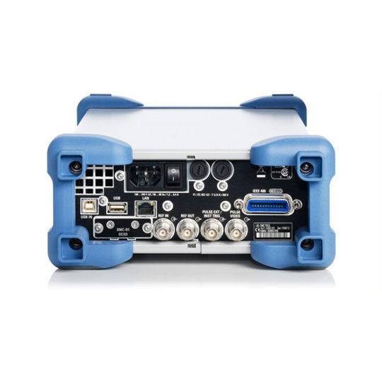 SMC100A - Rohde & Schwarz Hameg signal generator back