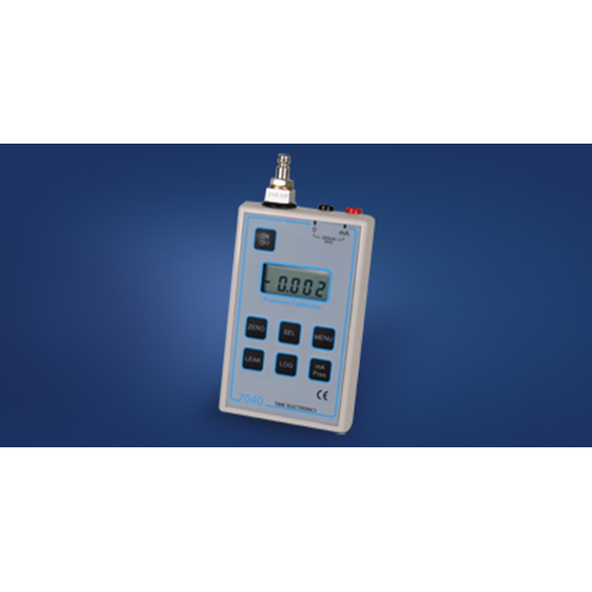 7040 Digital Pressure/Current Calibrator